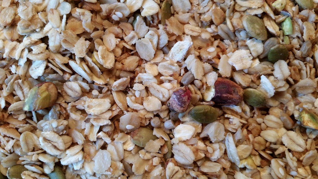 Homemade Granola Recipe (For My Sister)