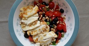 Tomato and halloumi salad